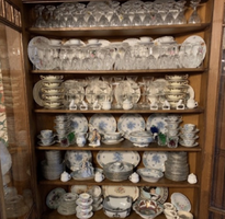 China Sets and Room Decor