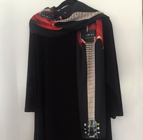 Guitar Gibson SG Scarf: Red and Black